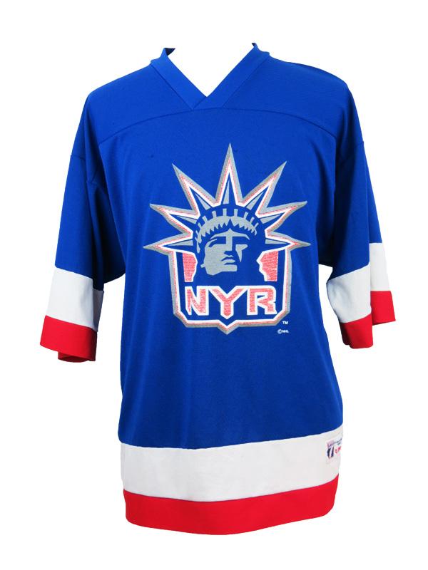 best service d6218 e7412 Vintage NY Rangers Wayne Gretzky Logo 7 Hockey Jersey