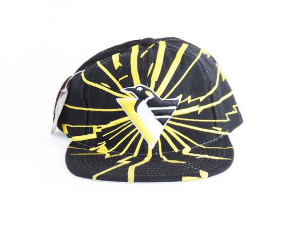 afd3747c5d9be NWT Pittsburgh Penguins Starter Lightning Bolt Snapback Hat - 5 Star ...