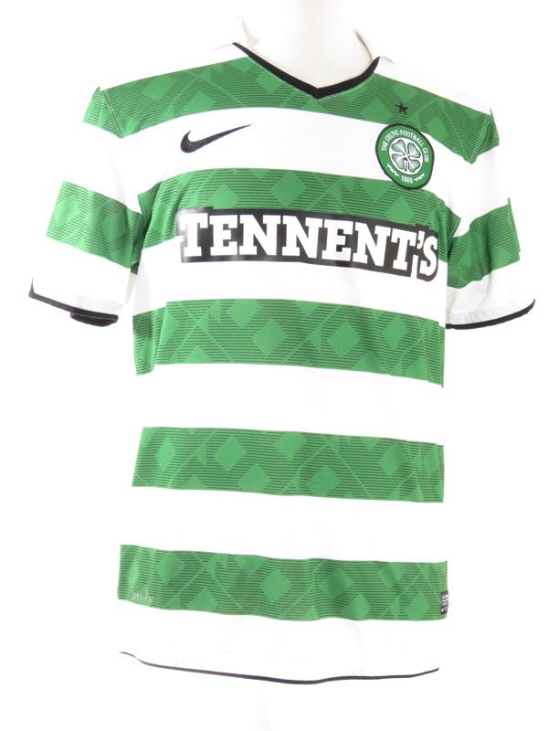 reputable site 4ccf6 2f829 Nike Celtic FC Striped Soccer Jersey