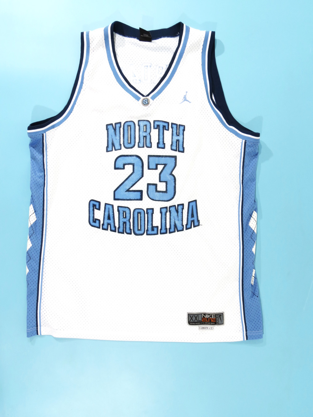 low priced 564ac 5a321 Michael Jordan UNC Tar Heels Jordan Jersey